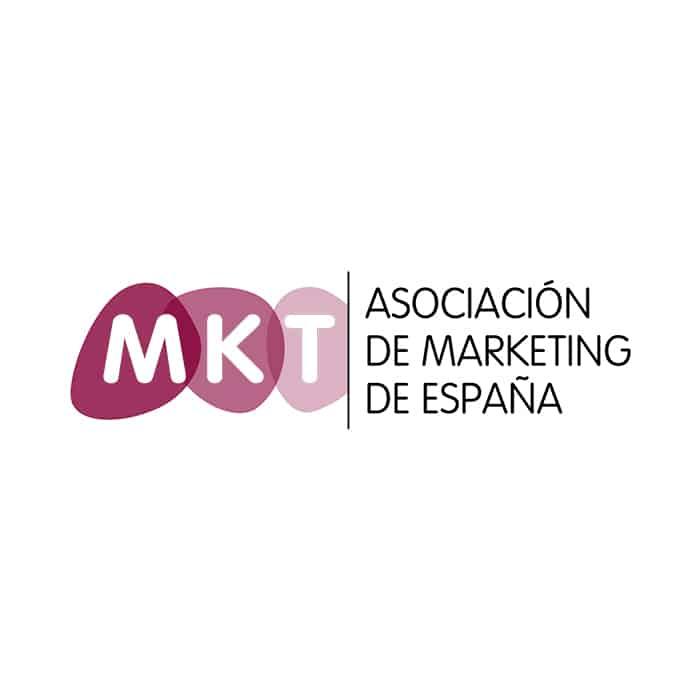 desarrollo de la cultura de Marketing entre los profesionales, las empresas y las instituciones